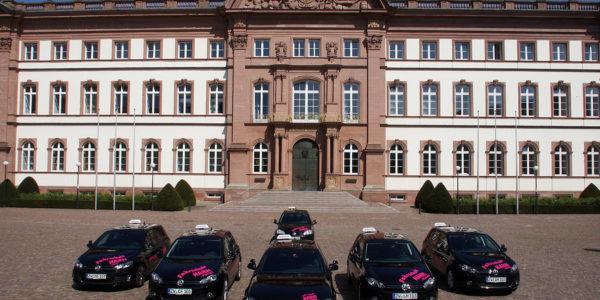 Unser Fuhrpark vor dem Zweibrücker Schloss